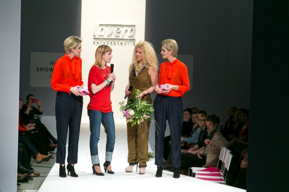 Renée with Lavera CEO Klara Ahlers and MC twins